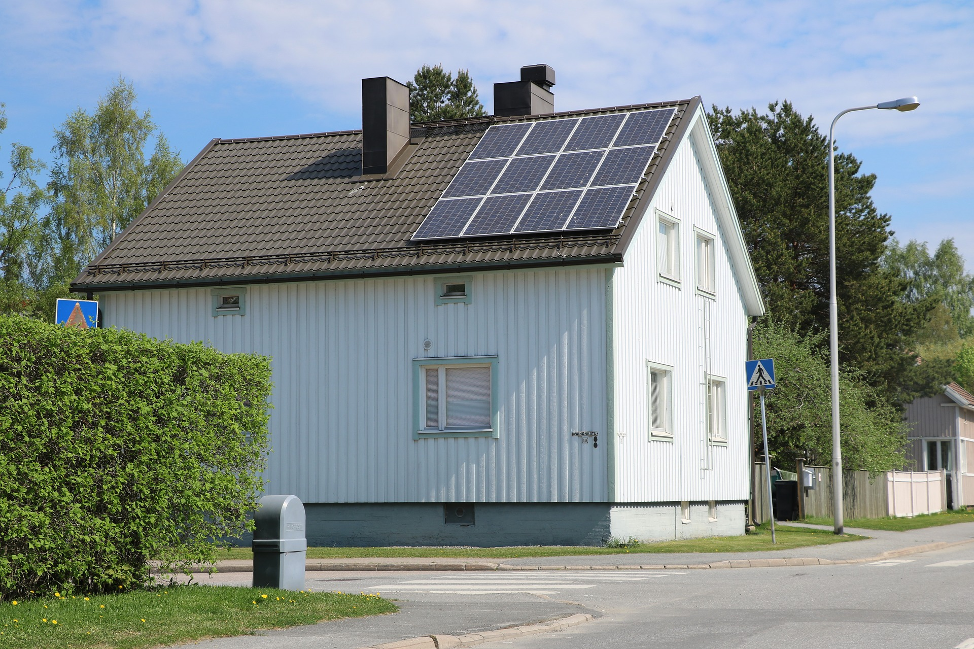 Flere i Bergen installerer solceller for å støtte klimaet